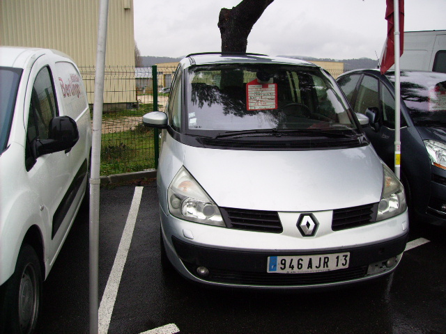 Renault espace iv 2 2 dci 150cv privilge 7 places vhicules for Garage renault marignane