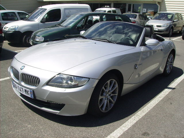 Bmw z4 cab si vhicules occasions vente voitures for Garage citroen martigues