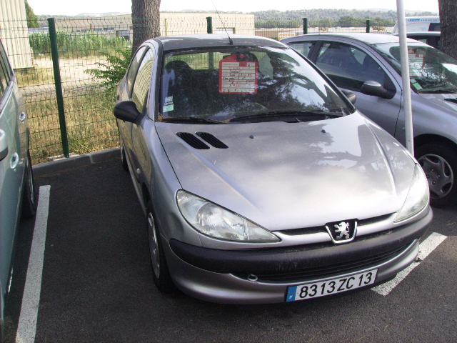 Peugeot 206 1 9 d v hicules occasions vente voitures citro n vitrolles - Garage peugeot vitrolles ...