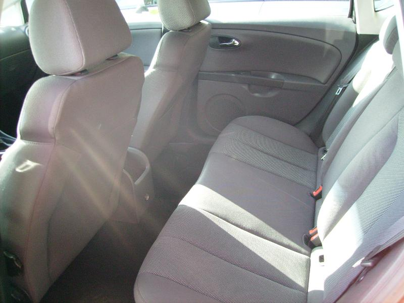 Seat leon ii tdi 140cv stylance v hicules occasions vente for Garage citroen martigues