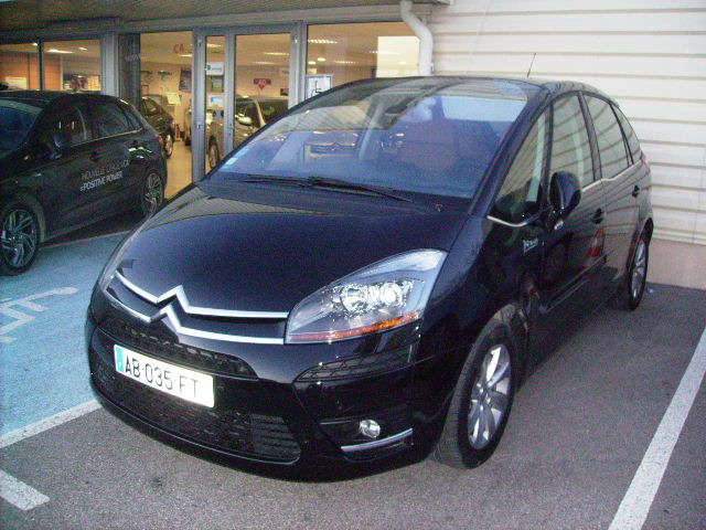 Citroen c4 picasso hdi 138cv exclusive v hicules occasions for Garage marignane occasion