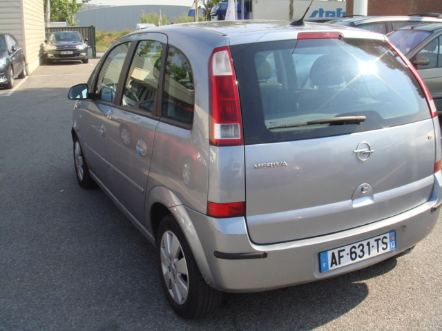 Opel meriva cosmo easy tronic v hicules occasions vente for Garage marignane occasion