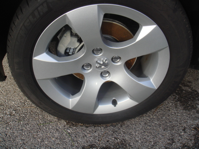 Peugeot 3008 hdi 110cv premium v hicules occasions vente for Garage citroen martigues