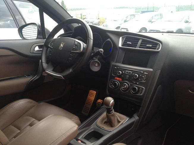 citroen ds4 dhi 163cv sport chic cuir d 39 occasion vitrolles garage auto vitrolles auto. Black Bedroom Furniture Sets. Home Design Ideas